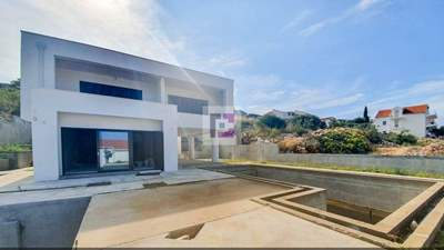 Modern villa with sea view and pool